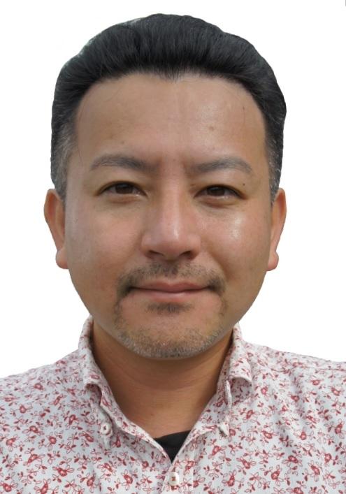 上里隆史プロフィール写真(2015)4